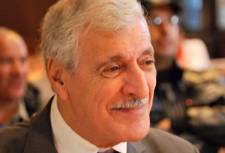 Félicitions aux nouveaux bacheliers kabyles (Communiqué du Président de l'Anavad)