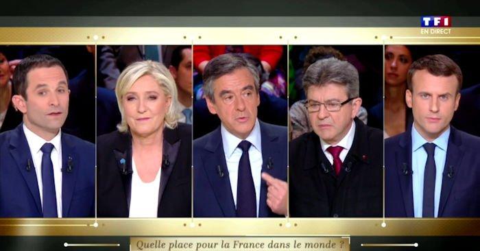 François Fillon appelle à ouvrir le débat sur le droit des peuples à disposer d'eux-mêmes