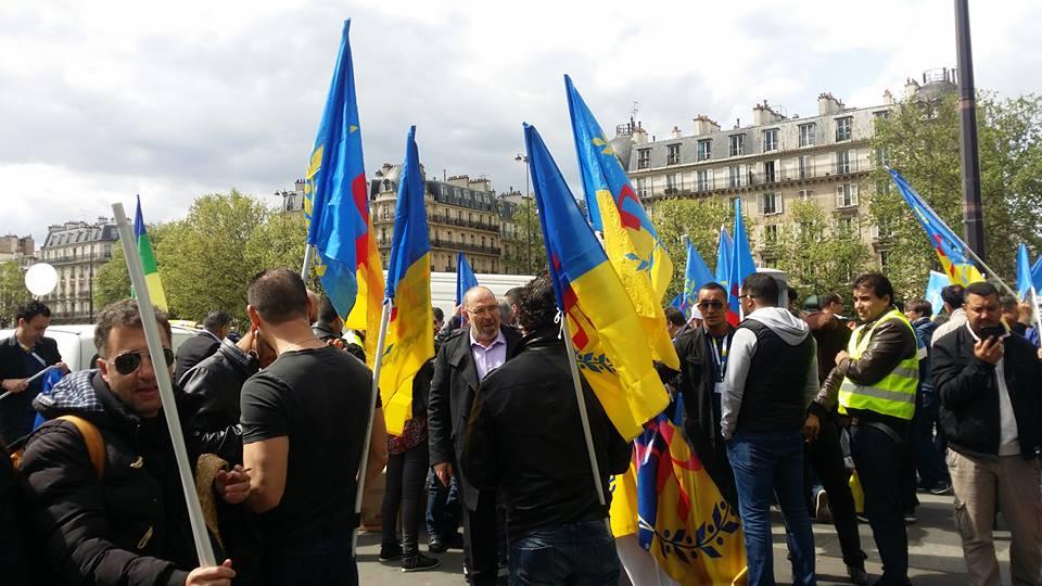 Suivez en direct la marche de la diaspora kabyle à Paris