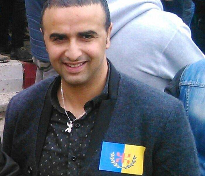 Harcèlement policier : le frère d'un militant du MAK-Anavad a passé 9h au commissariat colonial de Bouzeguene