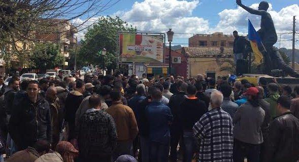 Le MAK-Anavad organise un grand meeting à Aqvu malgré une pression policière inédite