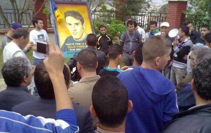 Le maire d'Illulen Umalu s'est opposé à un hommage au martyr Meziani Mhenni (communiqué)