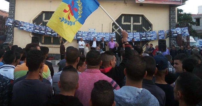 Djamel Bahloul hué à Raffour pour avoir tenu des propos graves sur les souverainistes kabyles