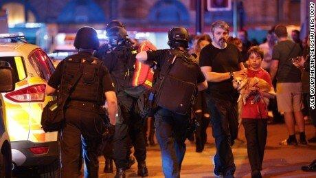 Royaume-Uni : Un attentat terroriste fait 22 morts et près de 60 blessés