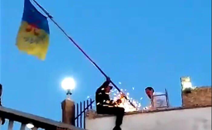 Drapeau kabyle arraché à Tawrirt Meqran : les éclaircissements de la coordination locale du MAK-Anavad