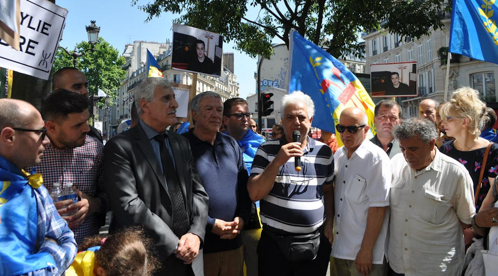 Ferhat Mehenni lors de l'hommage à Ameziane : «Ils ont tué mon fils mais tous les kabyles sont mes enfants»