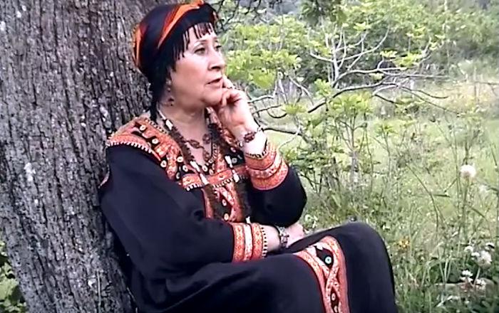 Louiza, le racisme d'Alger et le devoir de solidarité kabyle