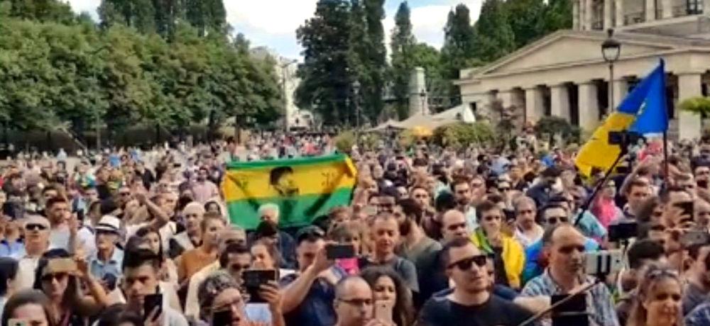 Rassemblement en hommage à Lounes Matoub réussi à Paris