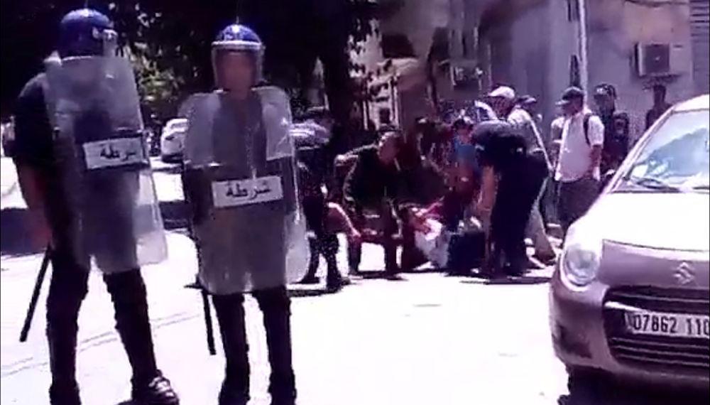 Vidéo de l'arrestation violente de Rachida Ider et de plusieurs autres militants