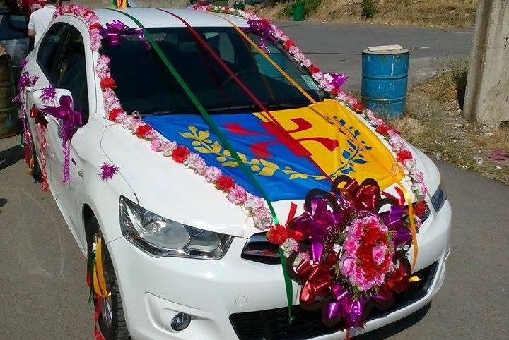 Saison estivale : le drapeau kabyle présent dans les mariages et les tournois inter-villages