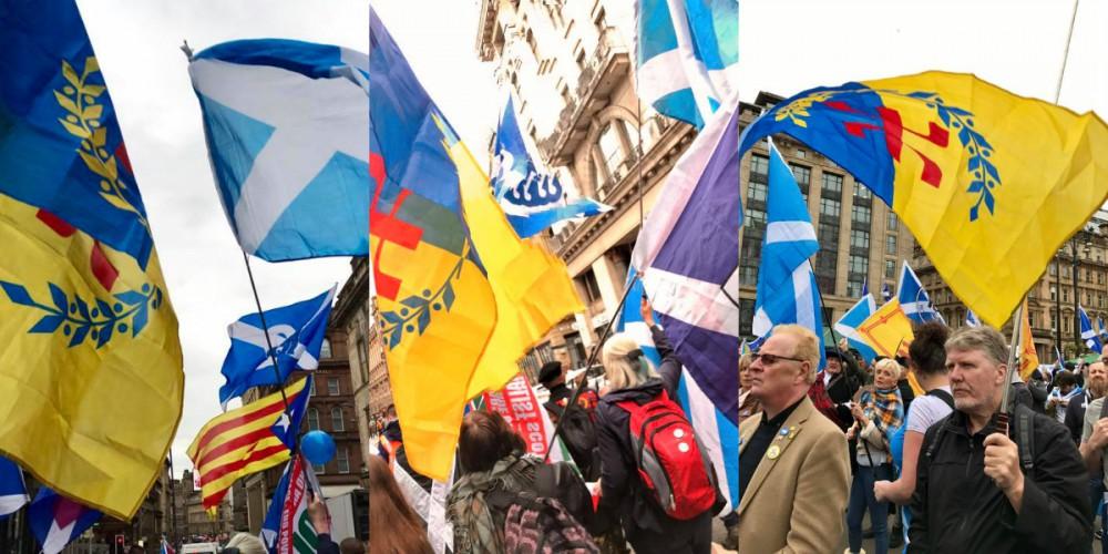 La Kabylie et la Catalogne à la Marche pour l'indépendance de l'Ecosse