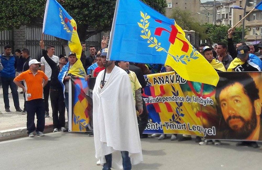 La kabylité c'est parler kabyle et non parler en kabyle