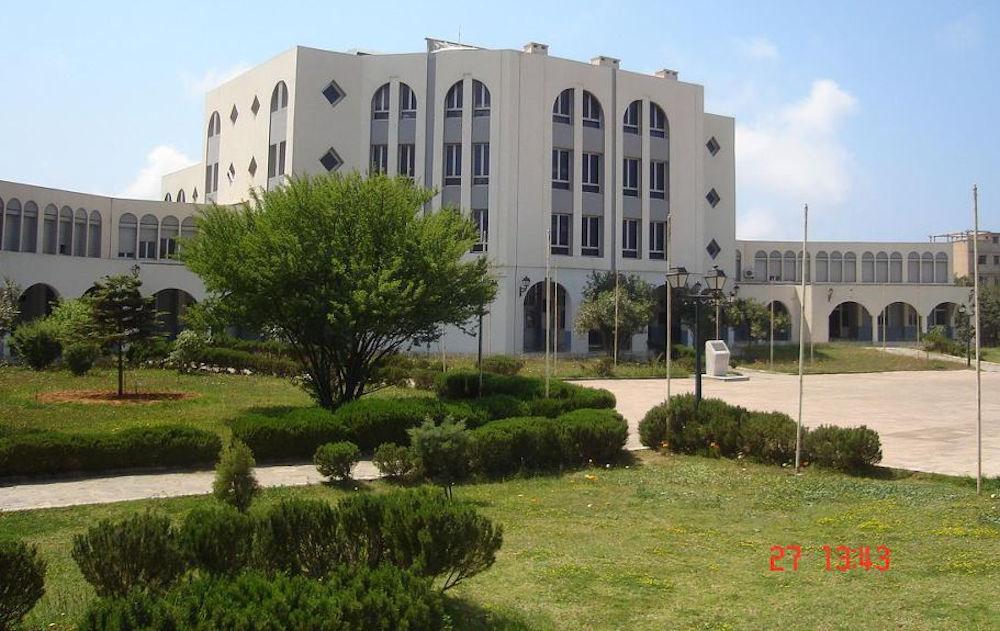 Tilelli M., recalée de l'Ecole Supérieure de Banque car «il y a trop de candidats originaires de Tizi-Ouzou»