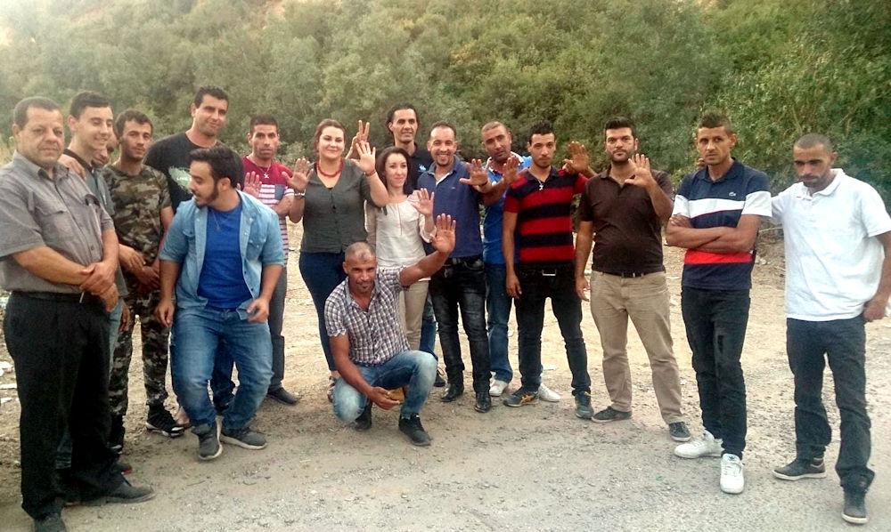 Les 16 militants arrêtés ont été libérés : ils ont été empêchés d'aider les sinistrés des feux de forêts