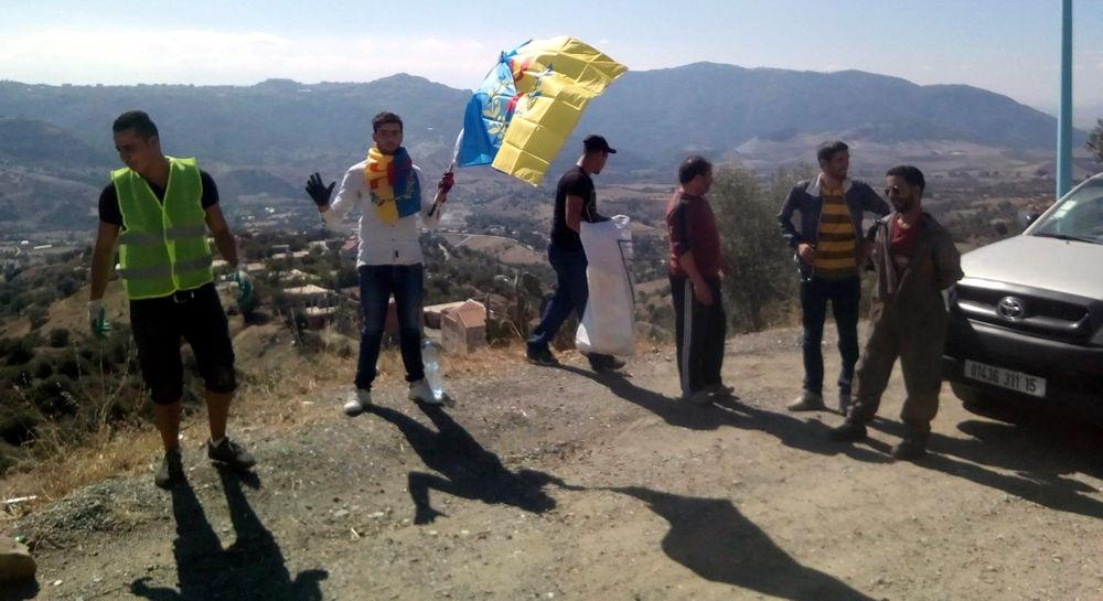 MAK-Anavad Makouda : première action écocitoyenne réussie au village Istiten (vidéo)
