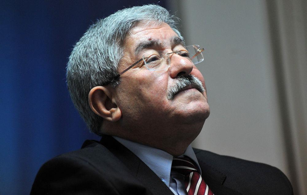 Le premier ministre algérien : «Depuis l'année 2000, l'Etat a engagé plus de 36 000 milliards en investissements publics»