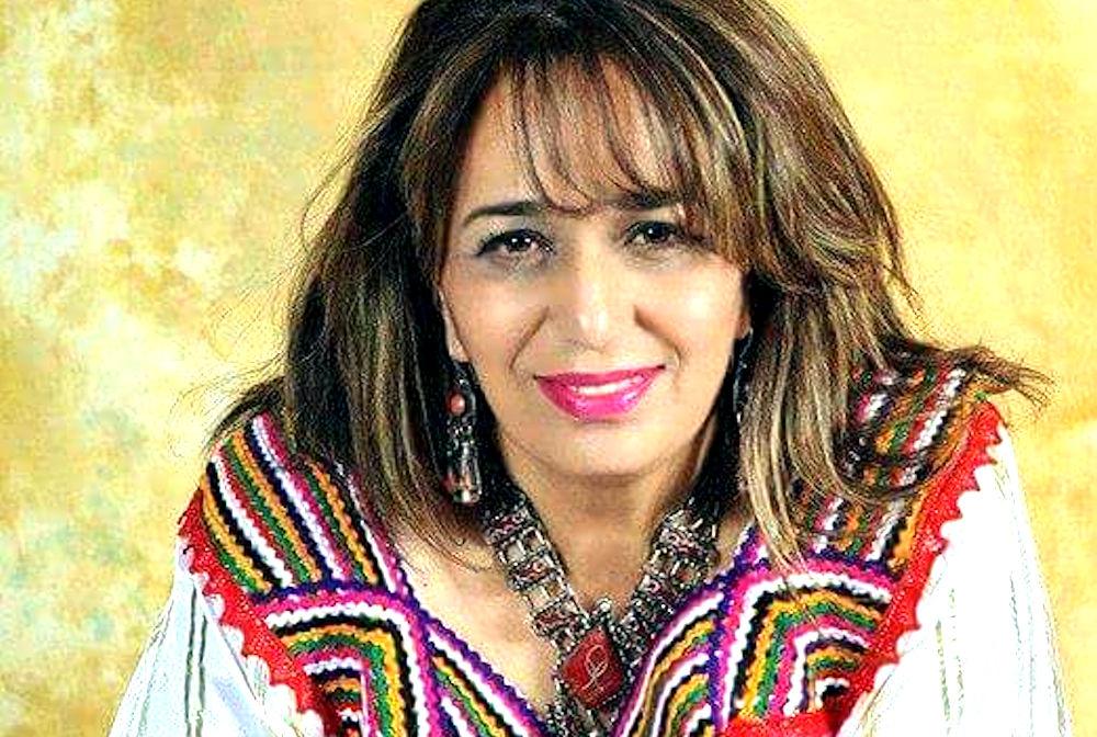 Vidéo : la chanteuse Taous en faveur d'une république kabyle et répond à Naima Salhi