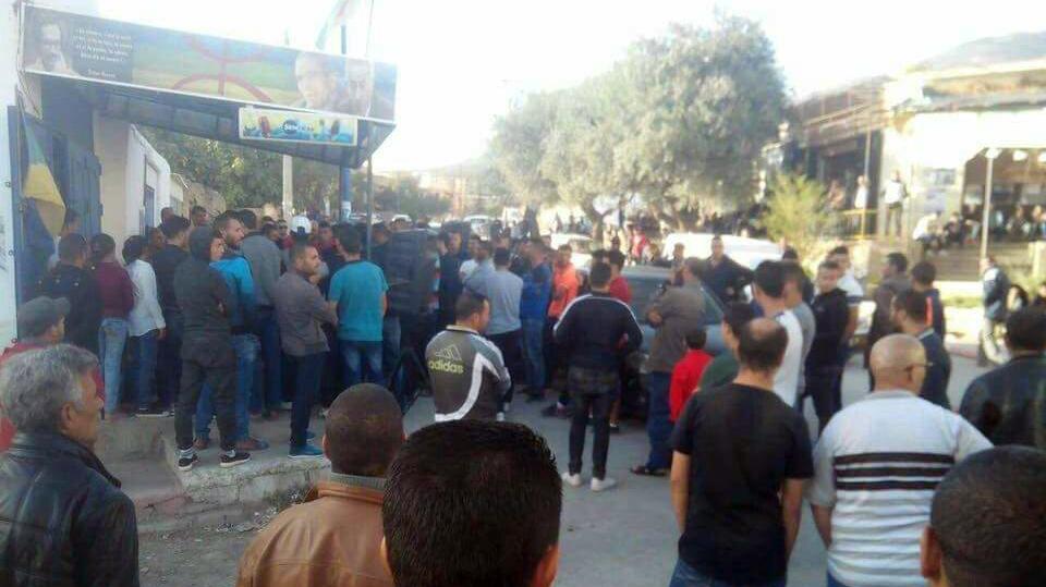 Saharidj : échauffourées suite à l'empêchement d'une conférence par des gendarmes algériens