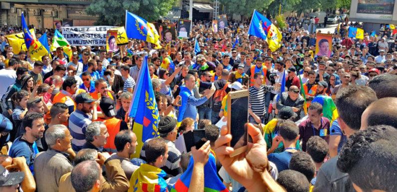 Succès des marches du 20 Avril : Le MAK et l'Anavad remercient le peuple kabyle