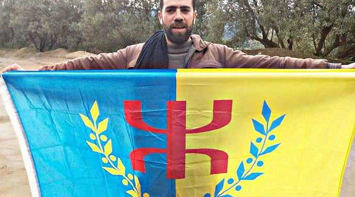 Alerte à Tizi Γeniff : Mobilisation devant la brigade de gendarmerie coloniale