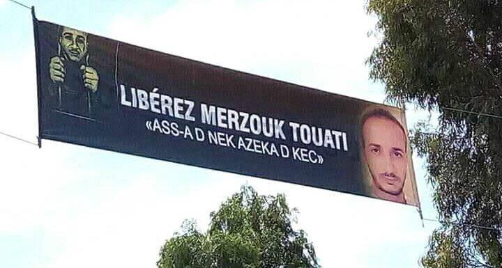 Le prisonnier d'opinion Merzouk Touati sous la protection de l'Anaya kabyle