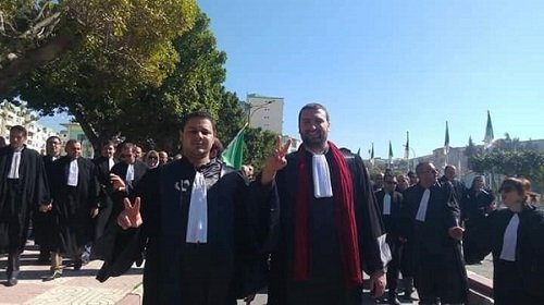 Marche des avocats pour la «dignité» à Tizi-Ouzou