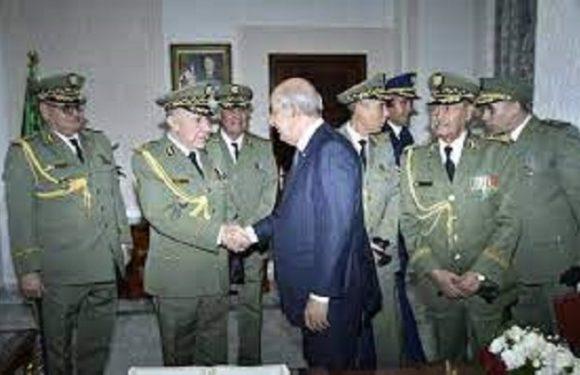FACE À L'INDÉPENDANTISME KABYLE, LA JUNTE MILITAIRE ARABO-ISLAMISTE ALGÉRIENNE PANIQUE ET GRIBOUILLE