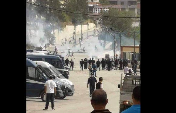 MANIFESTATIONS ET INTERPELLATIONS AUJOURD'HUI À KHERATA EN KABYLIE
